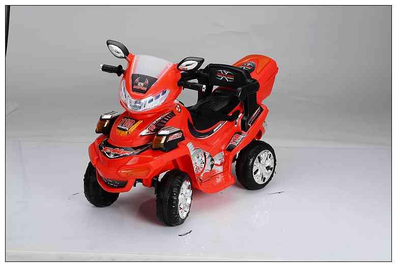儿童电动四轮跑车高清图片